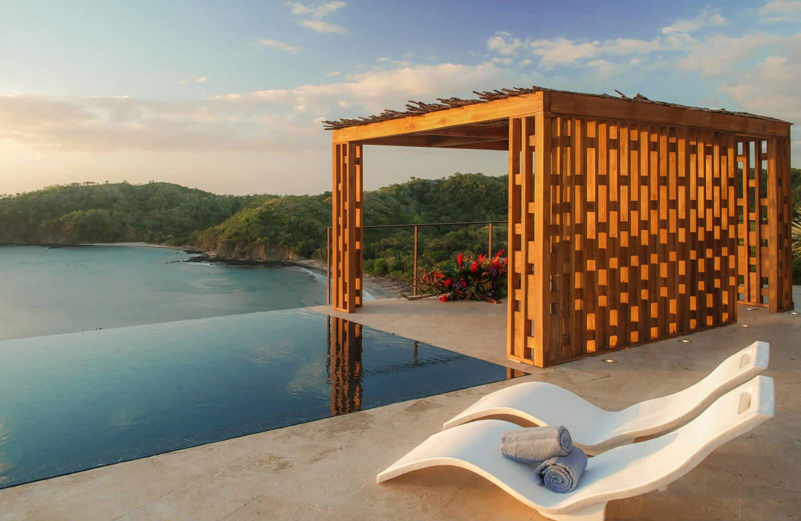 npi-casa-chameleon-hotels