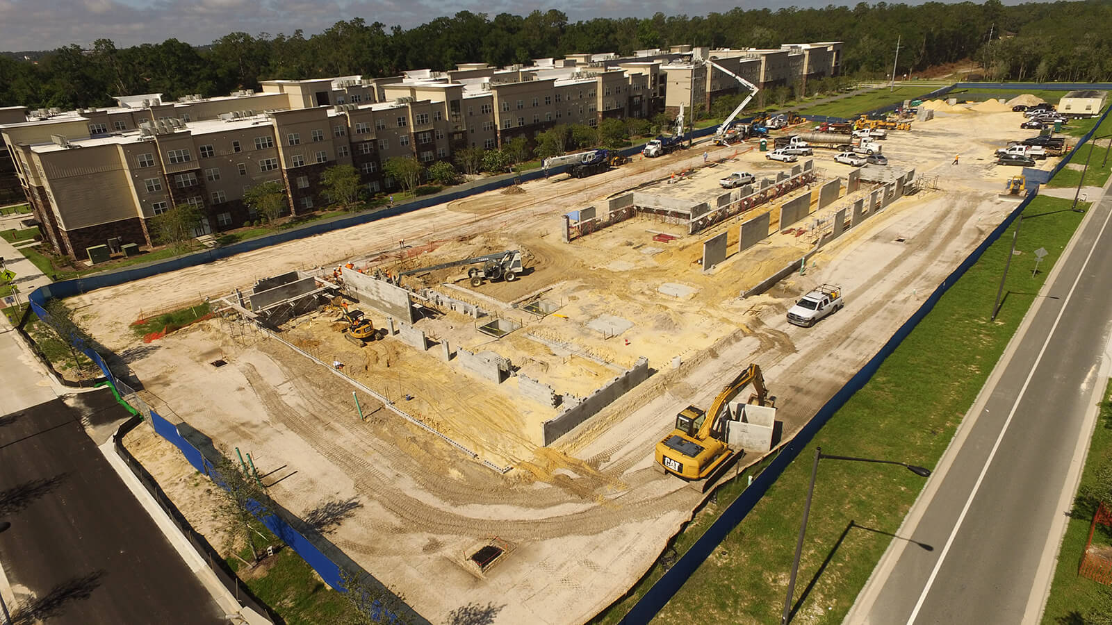 West-38th-Planned-Community-construction
